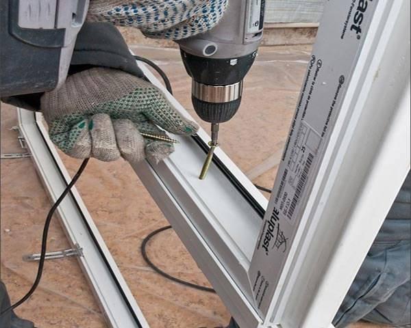 Дверь пластиковая своими руками 44